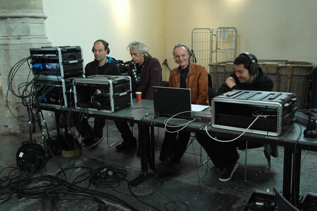 Het opnameteam van Brava TV
