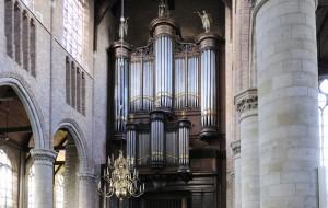 Spelen voor restauratie orgel Nieuwe Kerk Delft