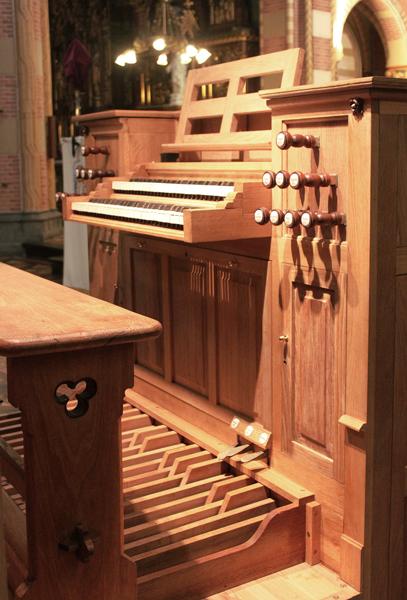 Den Haag St. Jacobuskerk altaarorgel klaviatuur