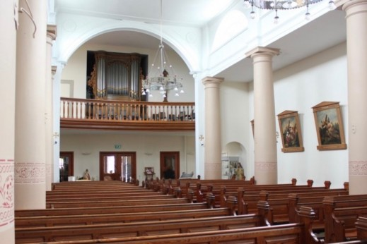 interieur maria geboortekerk dronrijp met van dam-orgel 1882