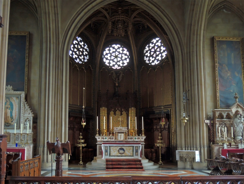 organ of farnborough Abbey