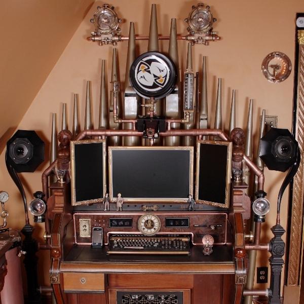 Steampunk orgel bureau