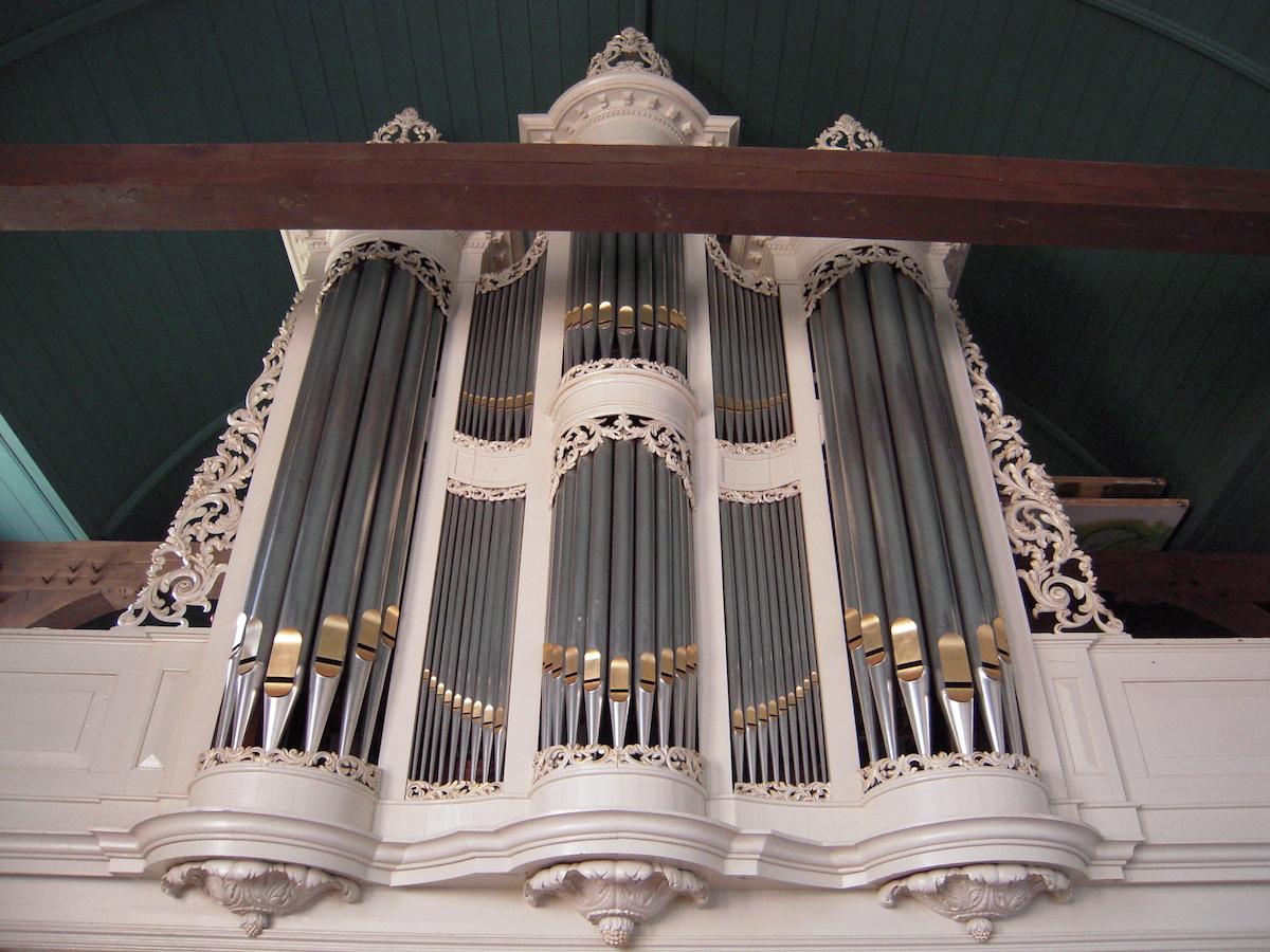 orgel deinum voor de restauratie
