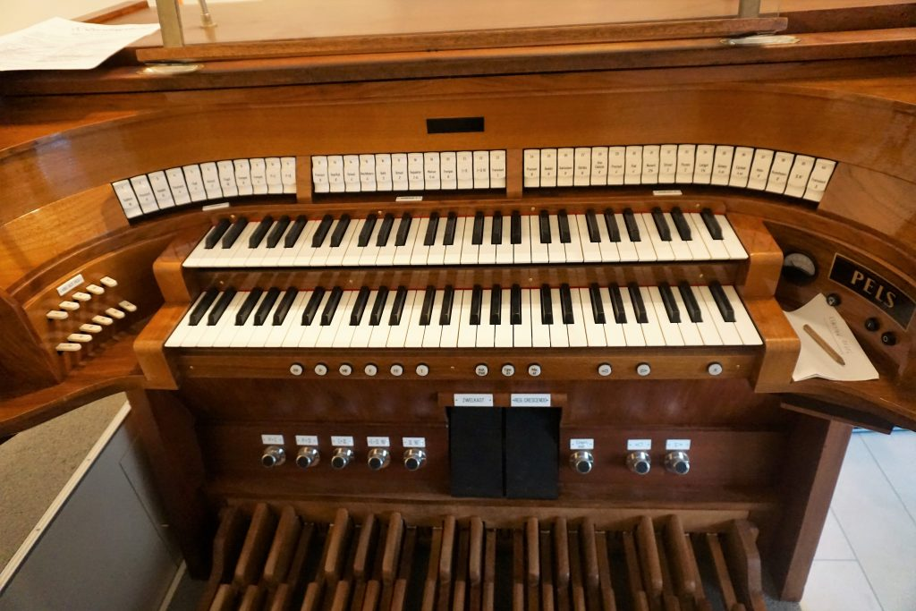 speeltafel orgel fonteinkerk rotterdam