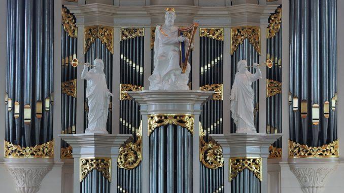 detail orgel burgwalkerk kampen